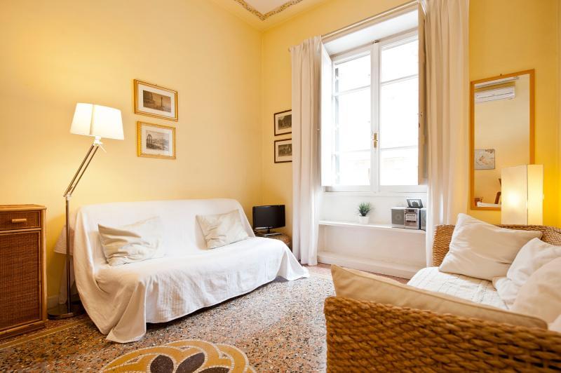 Apartment in Rome near Vatican City - Tullio 2 - Image 1 - Roma - rentals
