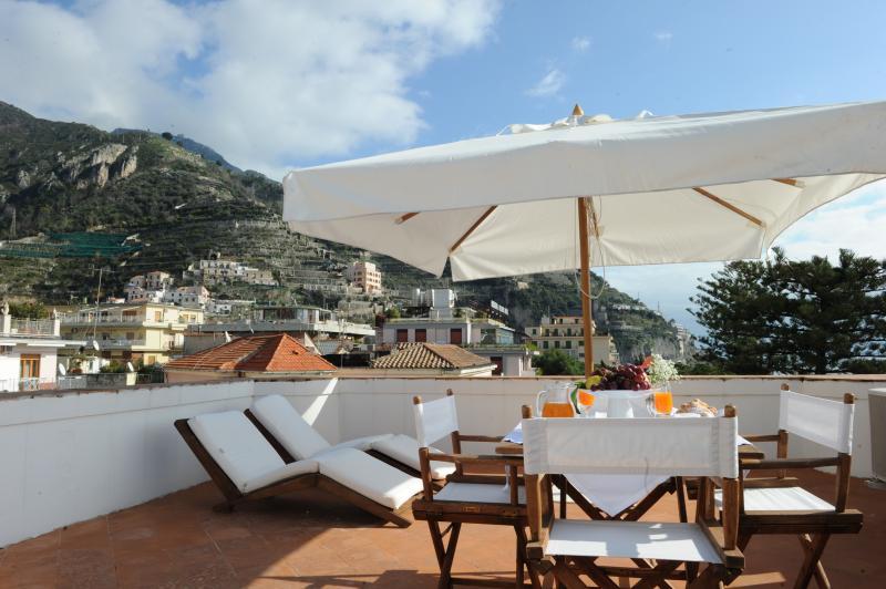 Historic Amalfi Coast Apartment in Maiori - Casa Maiori - Image 1 - Maiori - rentals