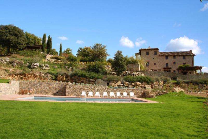 Chianti Villa with Private Pool and Views - Villa Nido - Image 1 - Pievasciata - rentals