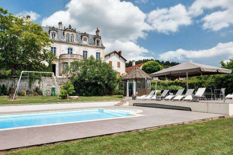 Large Burgundy Chateau with Private Pool and Sauna - Chateau Bourgogne - Image 1 - Mercurey - rentals