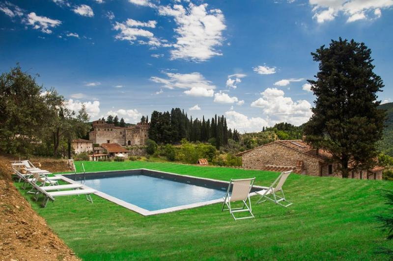 Tuscany Villa with Guest House Near Vineyards and Florence - Villa Brigida - Image 1 - Pontassieve - rentals