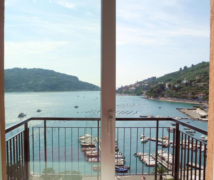Apartment in Portovenere with Private Garden and Accessible to Cinque Terre - Image 1 - Portovenere - rentals