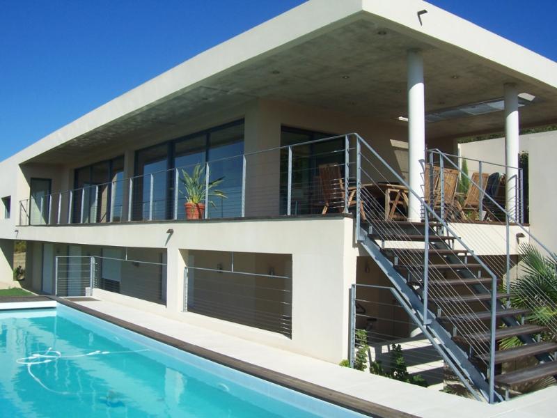 A Modern French Villa near Avignon - Villa Lotus - Image 1 - Rochefort du Gard - rentals