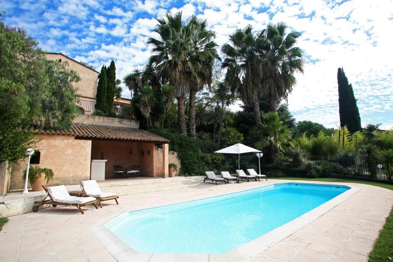 French Riviera Villa with Private Pool Near Historic Village  - Villa Rose - Image 1 - Saint-Paul - rentals