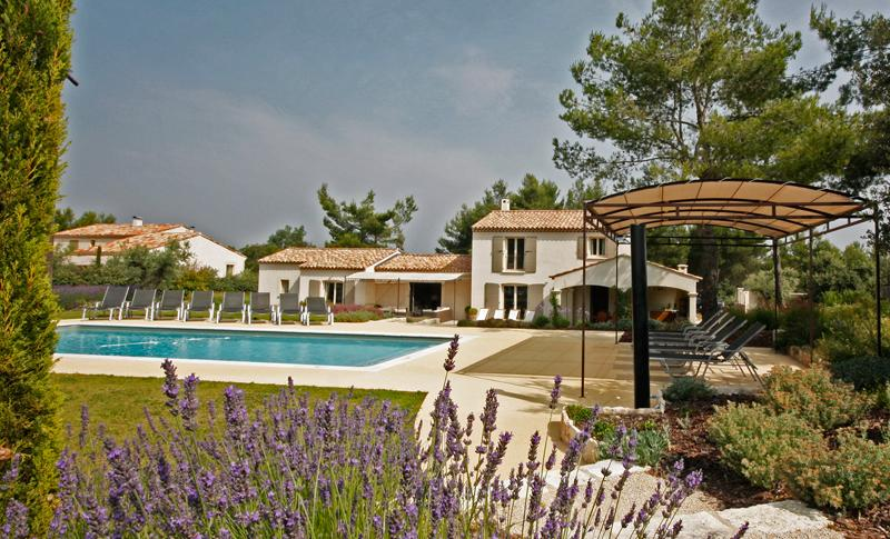 Family-Friendly Villa with Pool and Walking Distance to Village - Mas Celine - Image 1 - Eygalieres - rentals