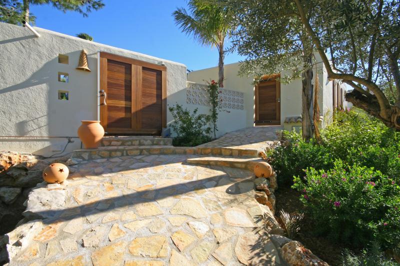 Villa in Spain with Pool Near a Beach  - Villa Delfina - Image 1 - Javea - rentals
