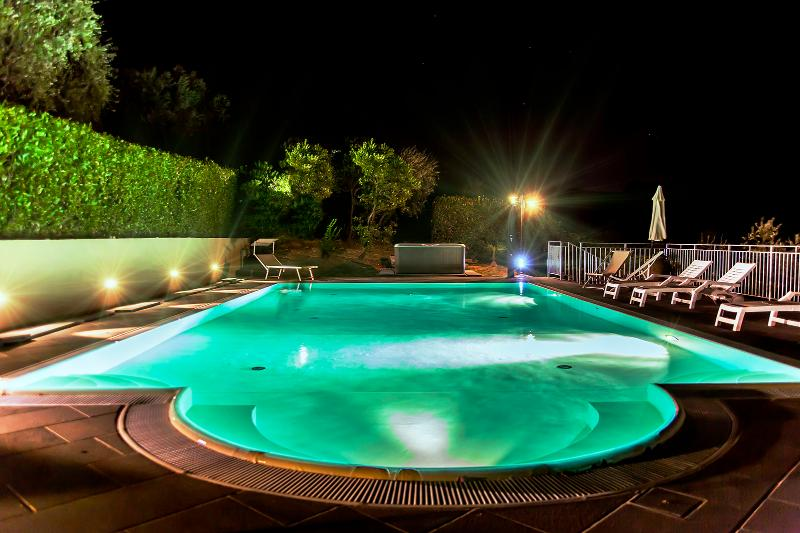 Large Villa with Pool and Jacuzzi West of Florence - Casale Terme - Image 1 - Monsummano Terme - rentals