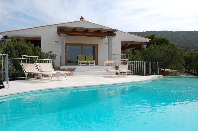 Villa on Sardinia with Private Pool Near the Beach - Villa Asfodelo - Image 1 - Baia Sardinia - rentals