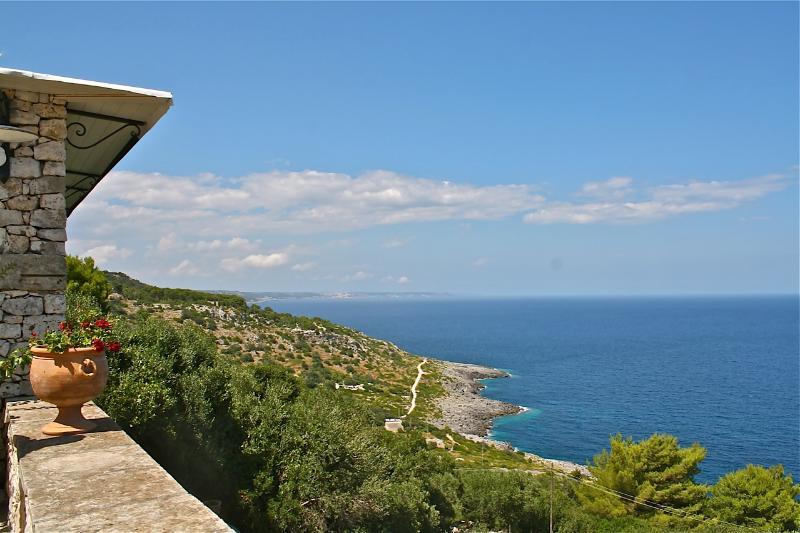 Seafront Villa in Puglia for a Family - Villa Topazio - Image 1 - Santa Maria di Leuca - rentals