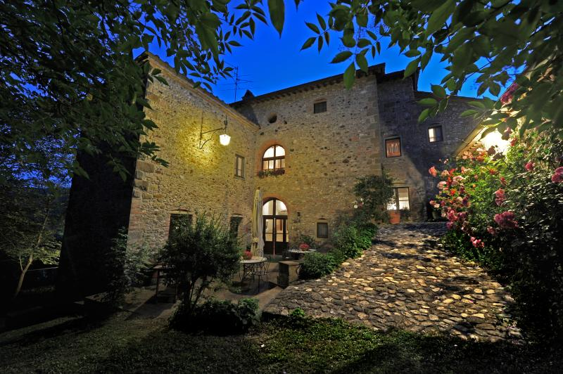 Villa with Pool in Eastern Tuscany  - Girasole - 12 - Image 1 - Anghiari - rentals