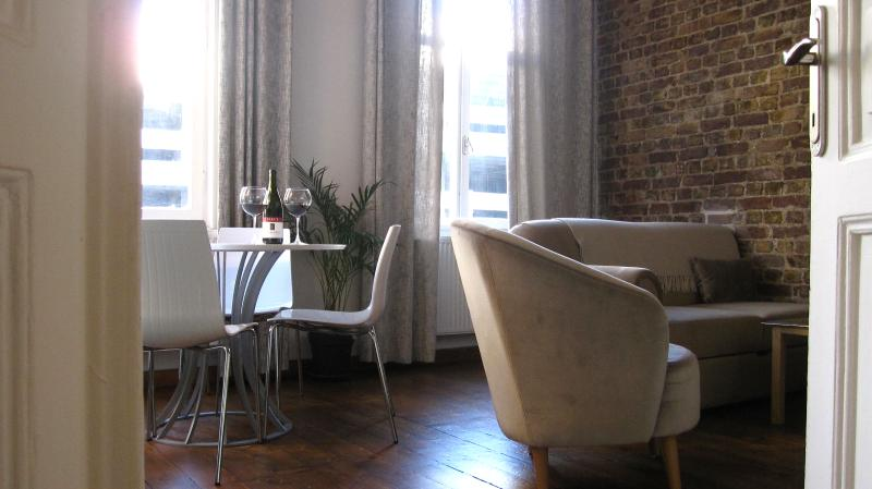 Lovely Galata Apartment for Two Couples - Dilara - Image 1 - Istanbul Province - rentals
