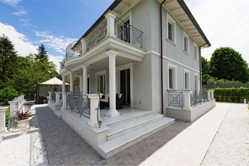 Villa with Pool and Rec Room Near Tuscan Coast - Villa Sibilla - Image 1 - Camaiore - rentals