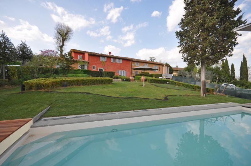 Villa Apartment in Florence Outskirts with Private Pool and Gardens  - Gelso - Image 1 - Florence - rentals