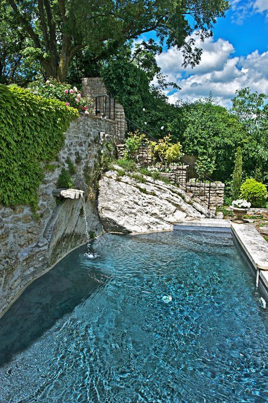 Exquisite Provence Villa with Ensuite Baths - Le Roucas - Image 1 - Goult - rentals