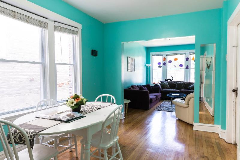 Kitchen - Private Apartment, Near White Sox & Midway Airport - Chicago - rentals