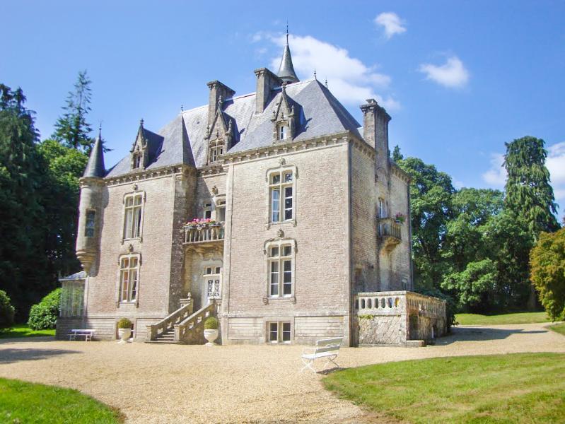 Chateau Plume - Image 1 - Plumelec - rentals
