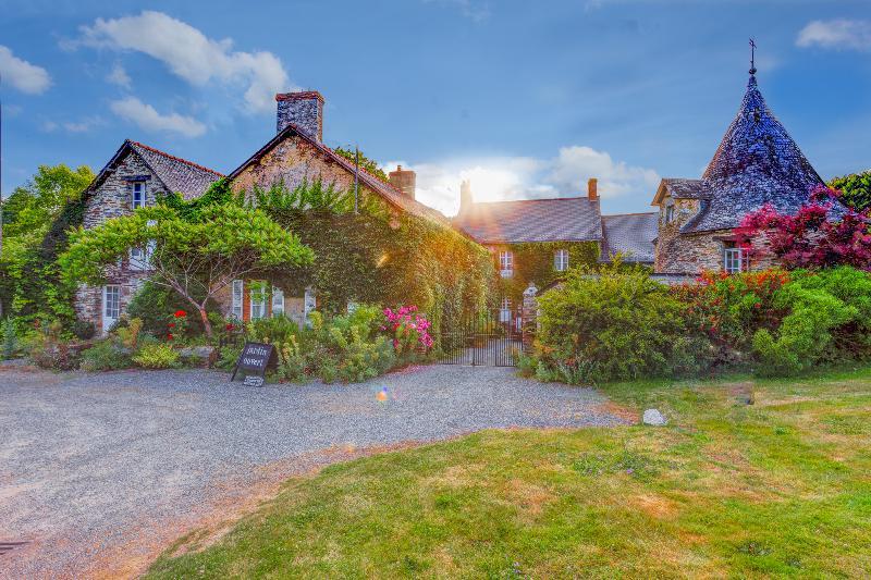 Manor De Chalandes - Image 1 - Langon - rentals