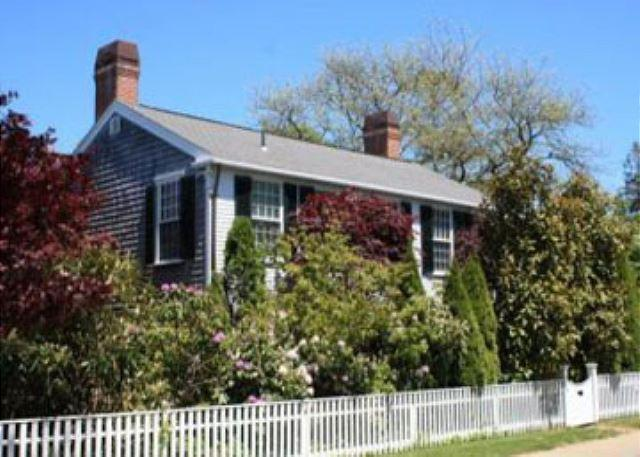 ENGLISH COUNTRY STYLE HOME THAT EMBRACES AUTHENTIC VINEYARD LIFE - Image 1 - Edgartown - rentals