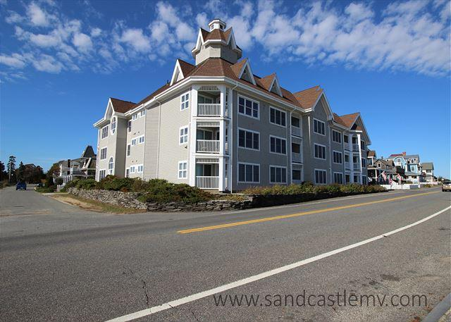 Seaview Condo with Ocean Views - Image 1 - Oak Bluffs - rentals