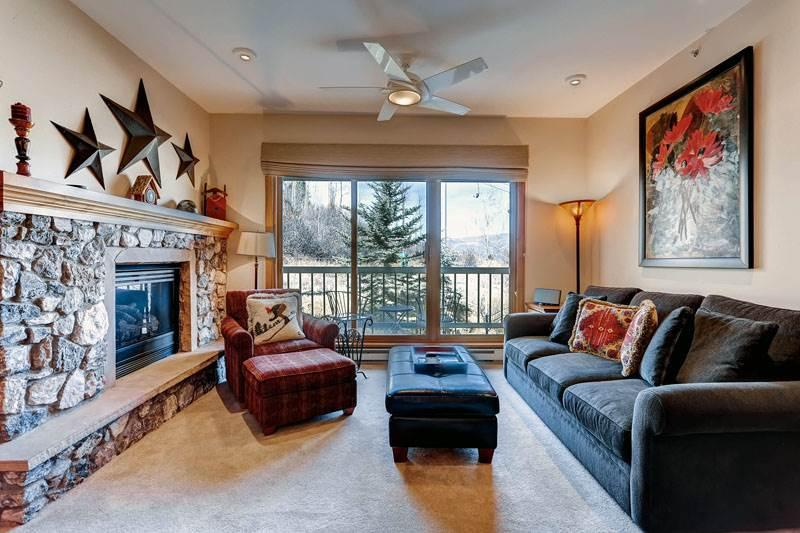 Borders Lodge - Upper 303 - Image 1 - Beaver Creek - rentals