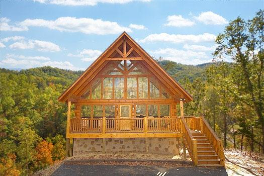 Front Exterior View of The Great Outdoors - THE GREAT OUTDOORS - Pigeon Forge - rentals
