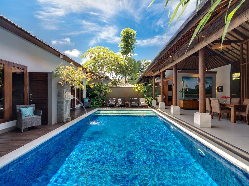 1. Lakshmi Villas - Toba - The pool - Villa Toba - an elite haven - Seminyak - rentals