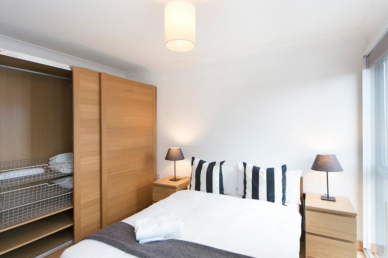 1 Bed Apartment In Angel | Parking | #BH1060 - Image 1 - London - rentals