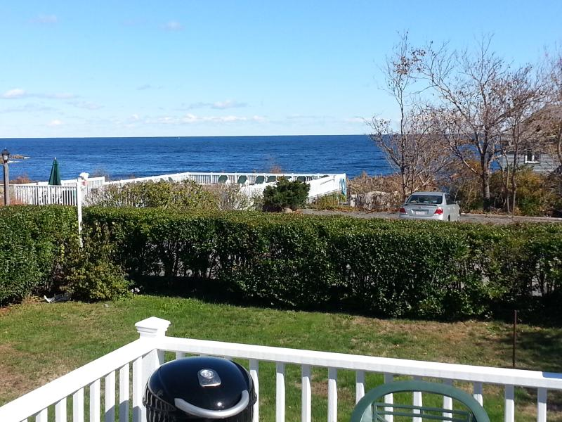 A Seaside Retreat with Oceanfront Pool - Image 1 - Rockport - rentals