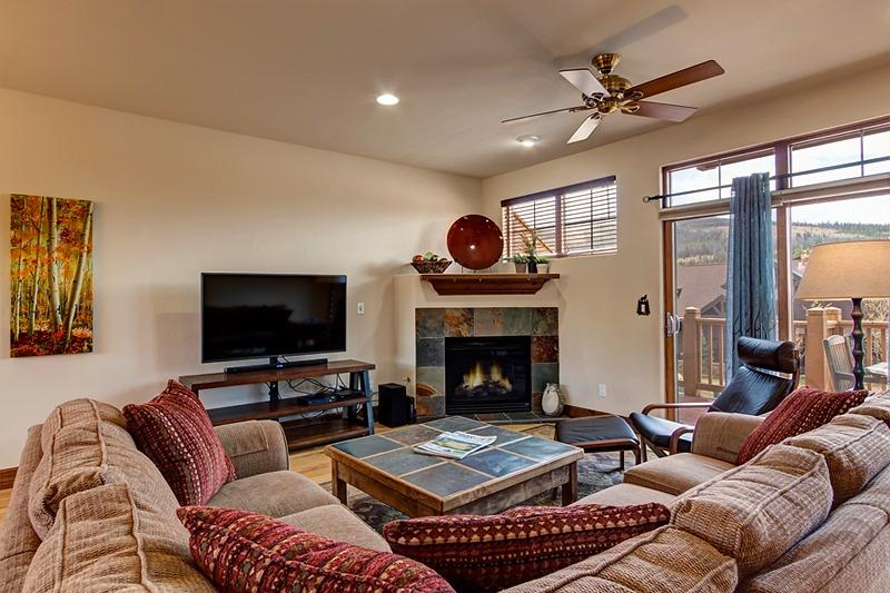 Linden Lodge 3BD Townhome, 20% off stays thru 6/29 - Image 1 - Breckenridge - rentals