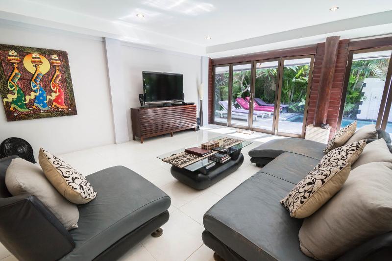 Living Room (Second Villa) - Villa Drupadi 2 & 3 bedrooms family villa seminyak - Seminyak - rentals