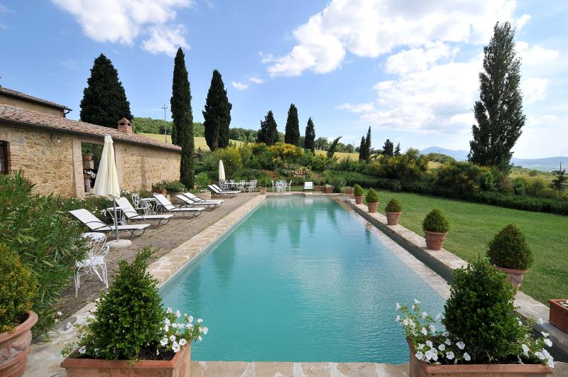 Tuscan Farmhouse with Private Pool and Beautiful Views - Villa Gaia - Image 1 - Monticchiello - rentals