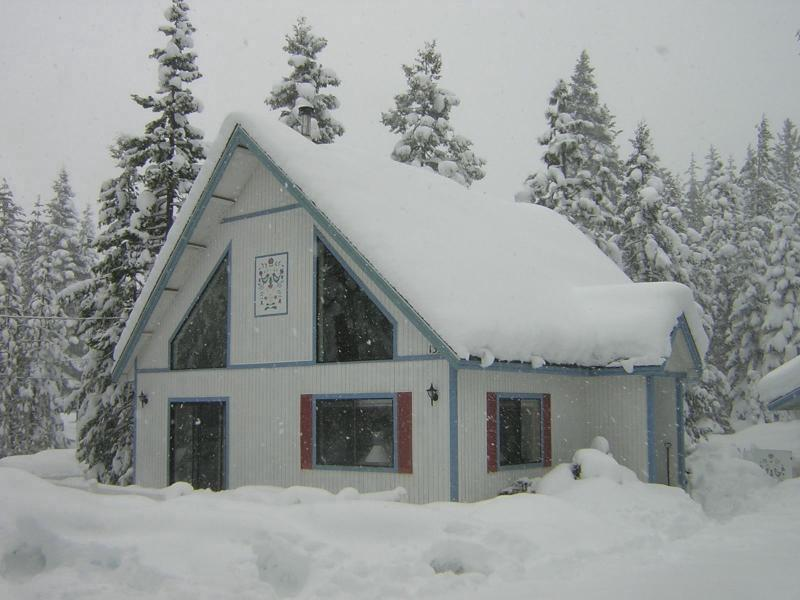 Winter at The Chalet - The Chalet at Mount Shasta - Mount Shasta - rentals