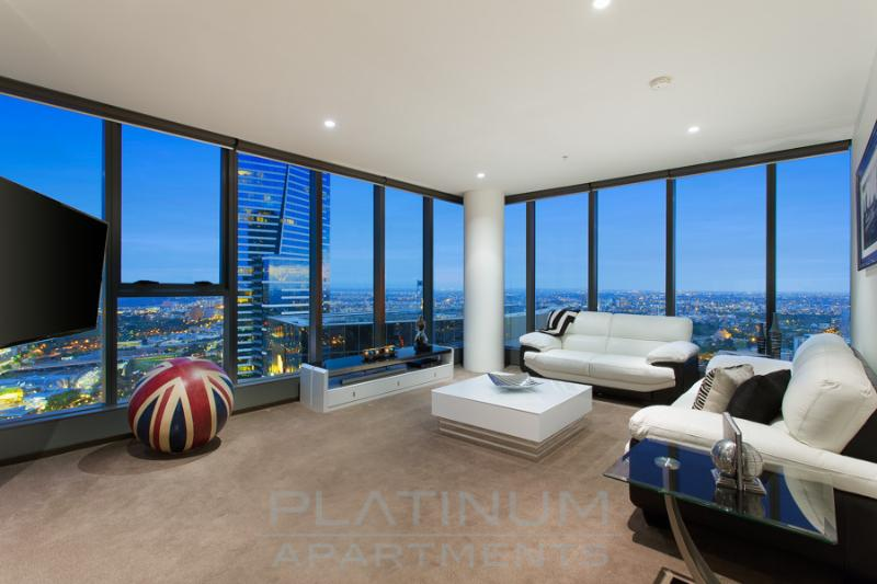 """ACTUAL VIEW from your Penthouse Apartment. Feels like you are on top of """"THE WORLD"""" - """"THE WORLD"""" PENTHOUSE 3 BRM at FRESHWATER PLACE - Melbourne - rentals"""