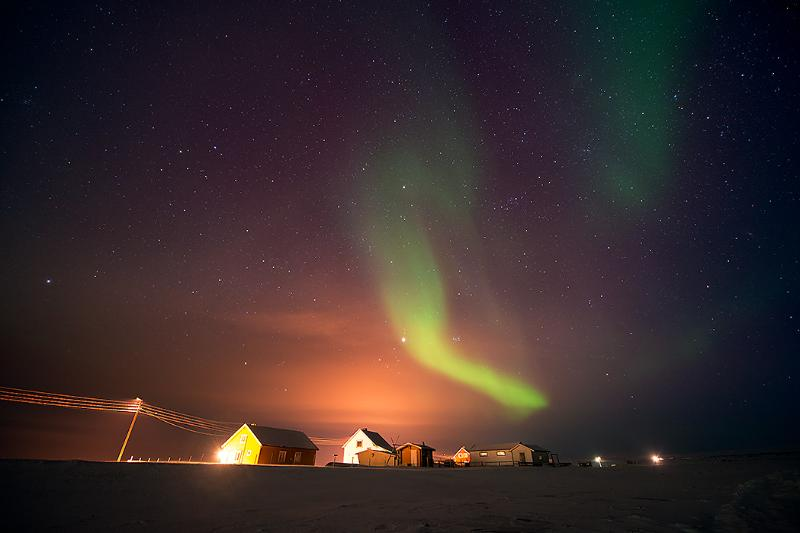 You can stay in the Ekkerøy house at left. The northern light is included! Photo:Bjarne Riesto - Ekkerøy Holiday House in Varanger - North Norway - Finnmark - rentals