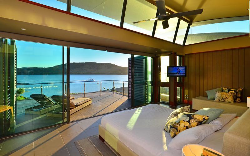 Yacht Club Villa 27 On Hamilton Island - Image 1 - Hamilton Island - rentals