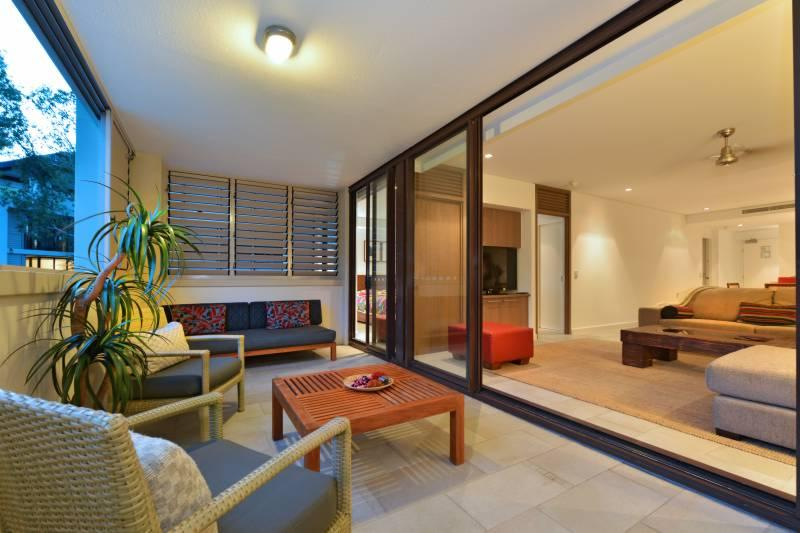 Temple 304 Stunning Views Modern Spacious - Image 1 - Palm Cove - rentals