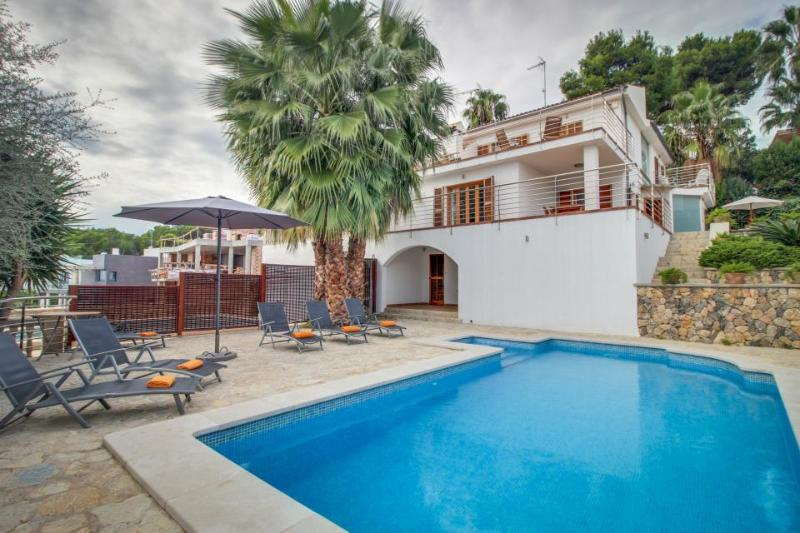 Luxurious and bright Spanish villa w/ views of Alcudia Bay & private pool! - Image 1 - Alcudia - rentals