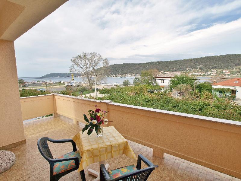 A1(4+1): terrace - 2914  A1(4+1) - Supetarska Draga - Supetarska Draga - rentals