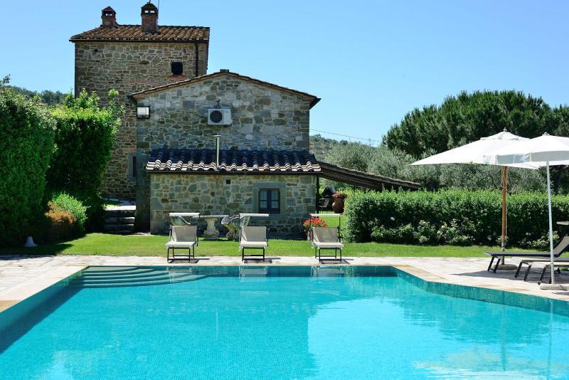 Villa Giulia - Image 1 - Tuoro sul Trasimeno - rentals