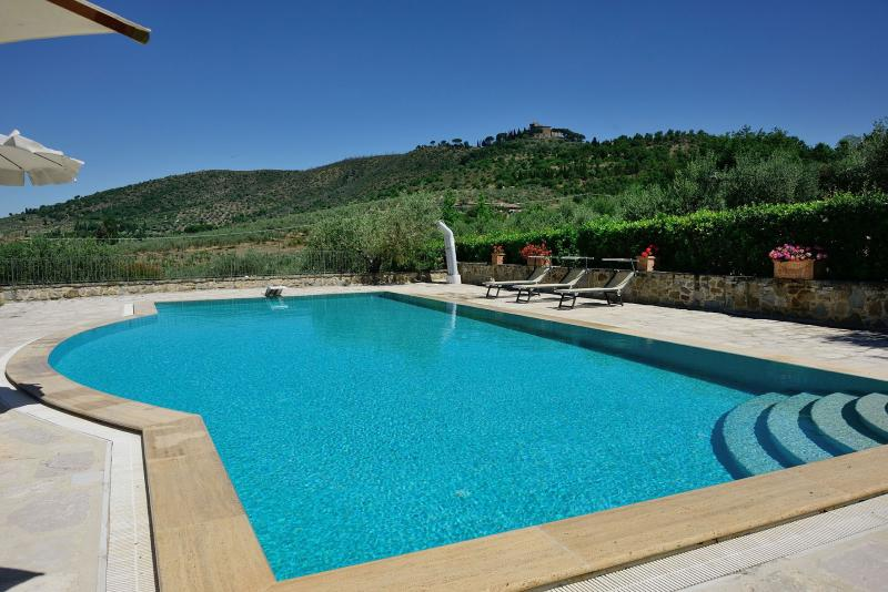 4 bedroom Independent house in Peccioli, San Gimignano, Volterra and surroundings, Tuscany, Italy : ref 2307251 - Image 1 - Peccioli - rentals