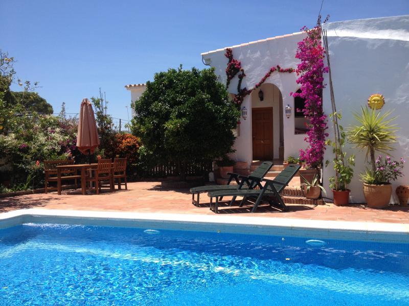 Garden and pool - Naranjo - Vejer - rentals