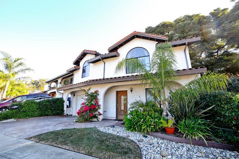 Classy West Coast Villa 3 Bedroom Luxury Home - Image 1 - San Francisco - rentals