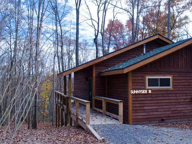 Sunnyside Suite 1B at Adventures on the Gorge - Image 1 - Lansing - rentals