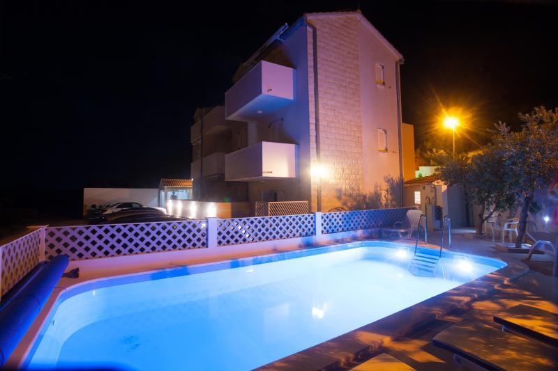 Pool - Bol studio sea view (2,.5 , 1.1) - Bol - rentals