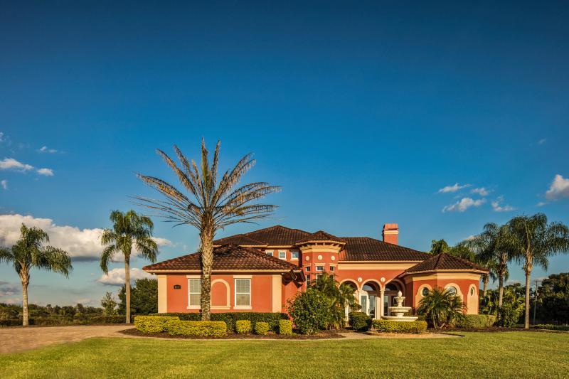 Welcome to Lakeland Estate! - *LUXURY ESTATE* Close to Disney Land & LEGOLAND! - Lakeland - rentals