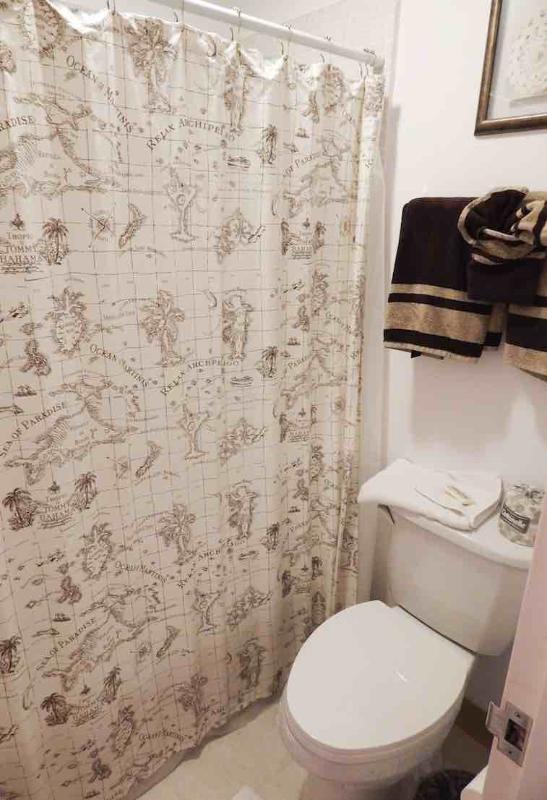 Guest Bathroom - Bayside Mid-Rise Unit 107A - Siesta Key - rentals