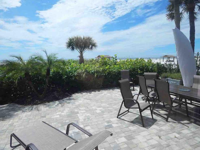 View - Beachfront Townhouse - Siesta Key - rentals