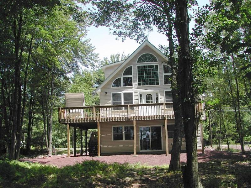 house - Lakefront House in Poconos - Pocono Lake - rentals