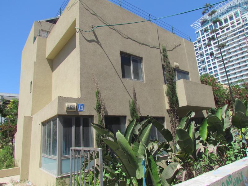 Villa on the sea front - Image 1 - Tel Aviv - rentals