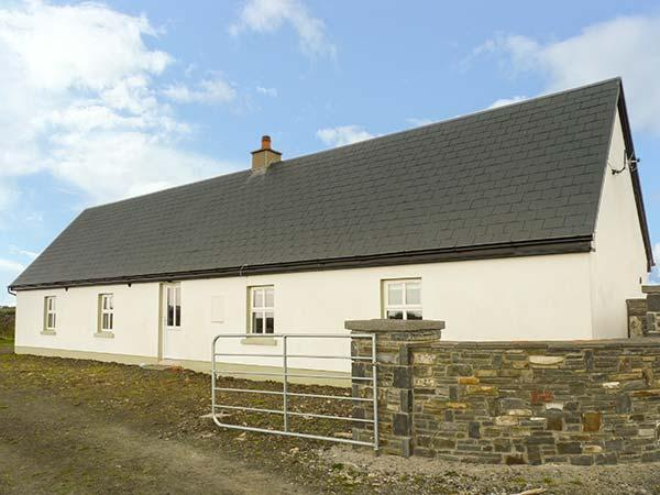 TIG FADA, detached, multi-fuel stove, ideal for families, Kilkee, Ref 929578 - Image 1 - Kilkee - rentals